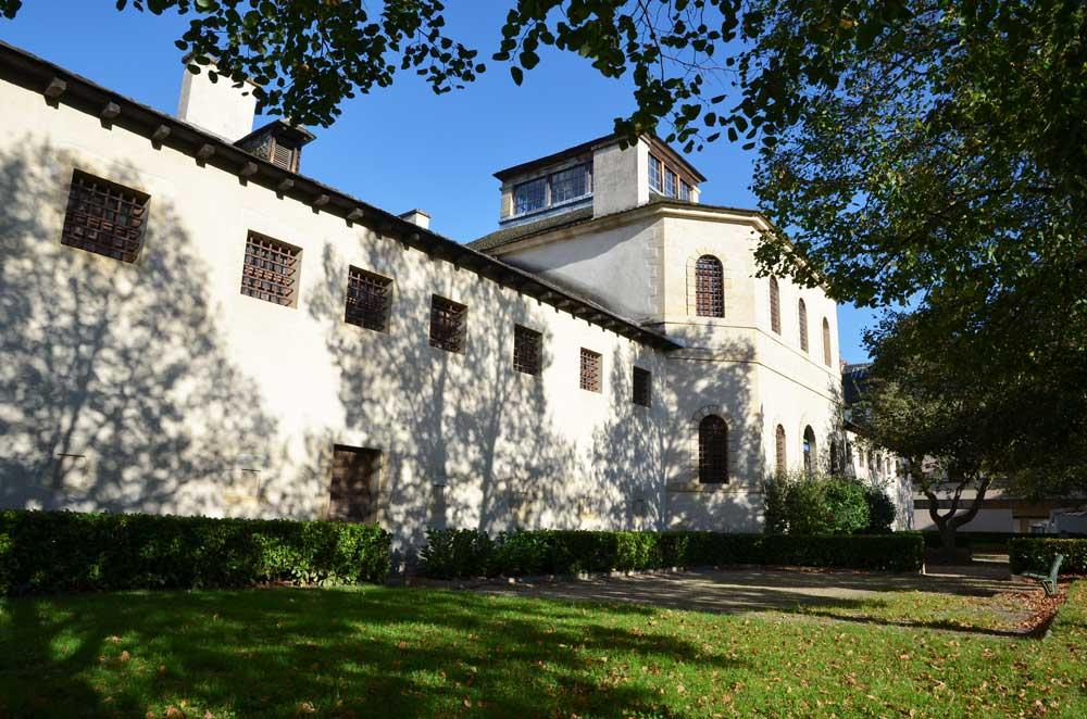 Ancienne prison cellulaire d'Espalion. Photothèque du Conseil général de l'Aveyron