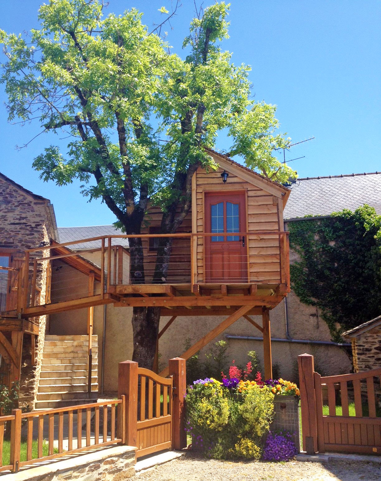 Cabane à Naucelle, Aveyron