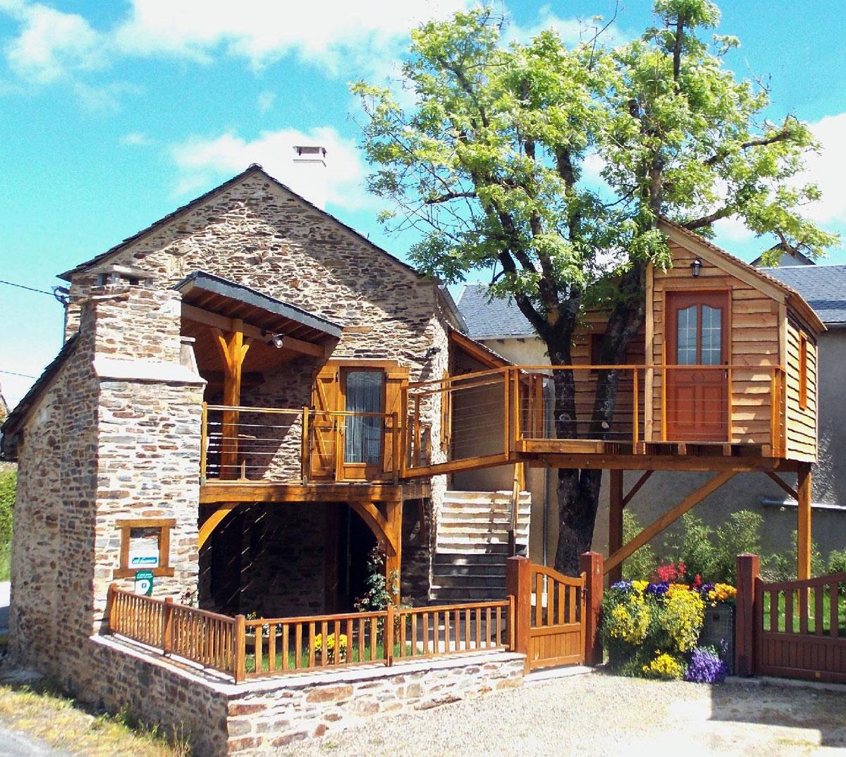 Cabane et maison d'Alain ASSIE à Naucelle, Aveyron