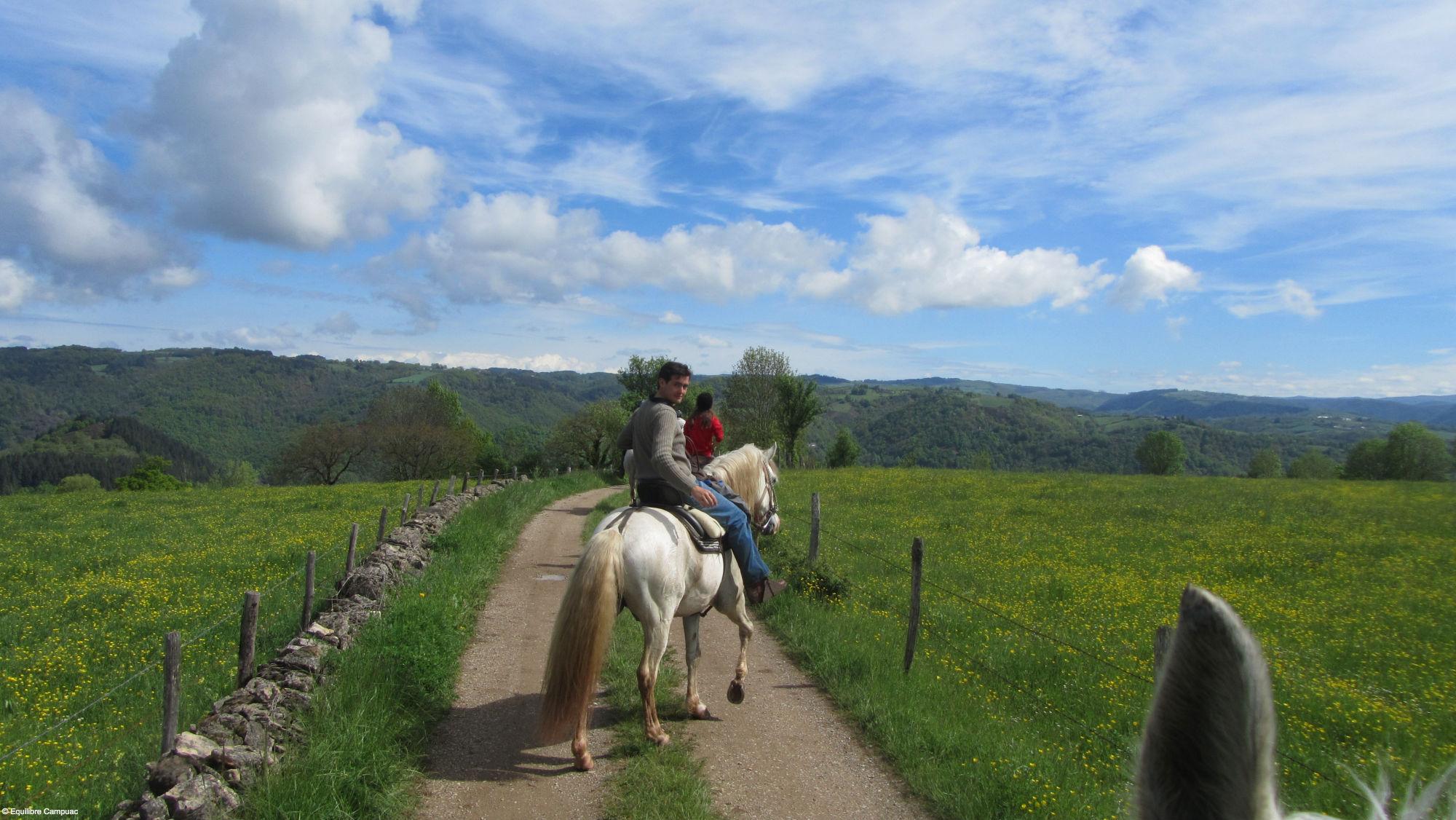Equitation en Aveyron