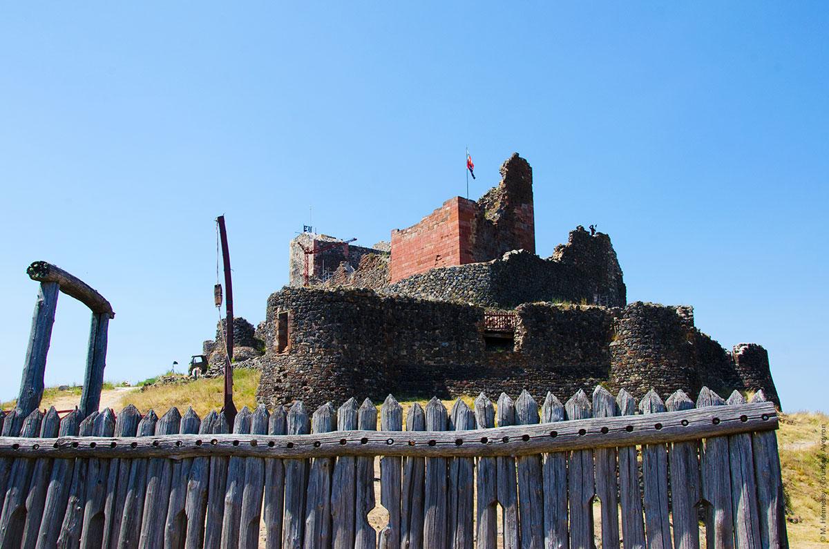 Château de Calmont d'Olt © M. Hennessy / Tourisme Aveyron