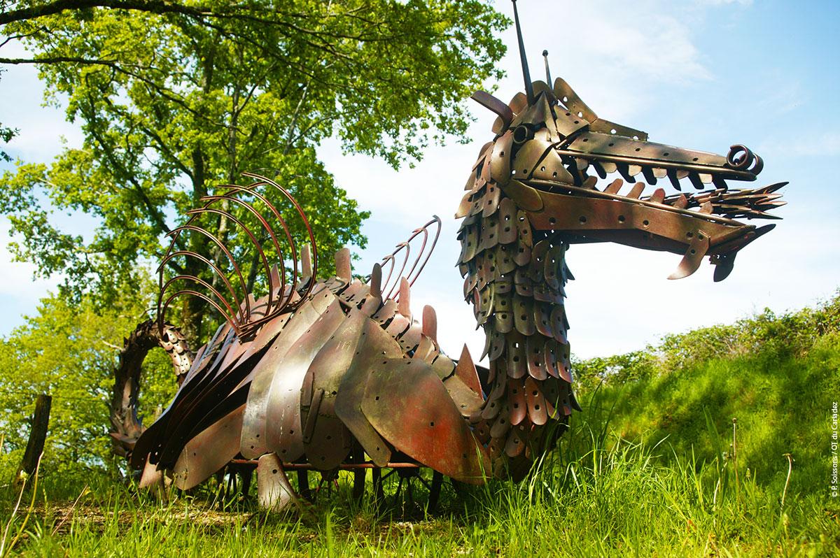 Blaise le dragon, Murols, Carladez, Aveyron © P. Soissons / OT Carladez