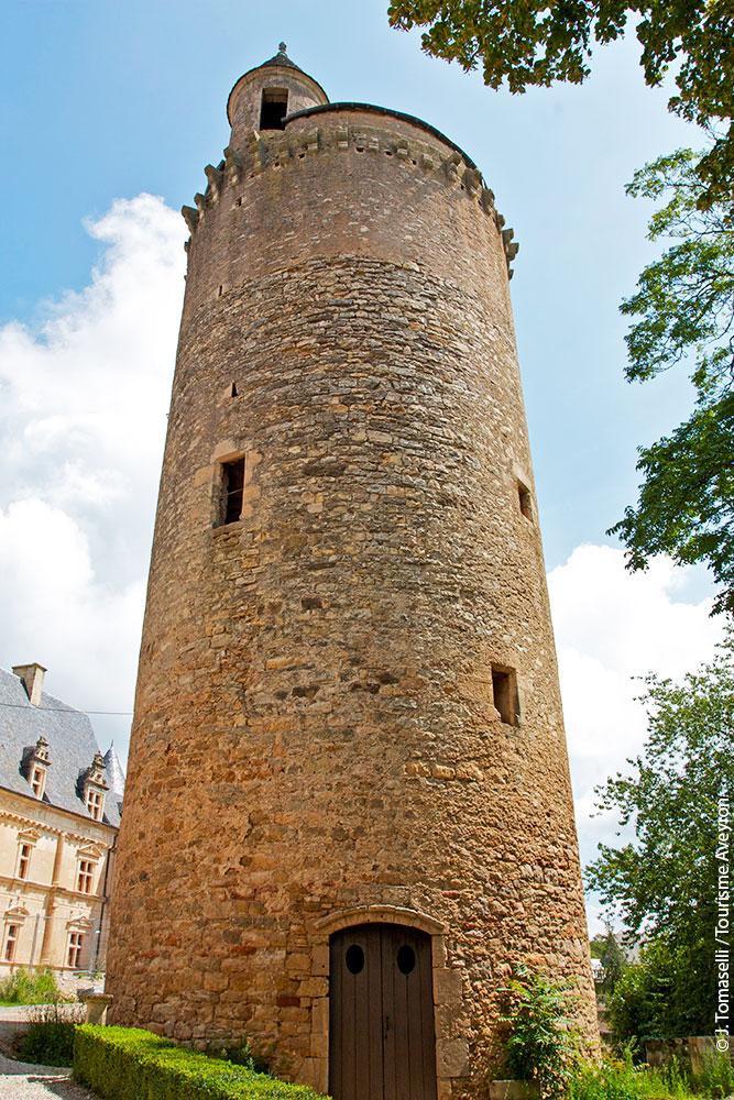 Tour du Château de Bournazel, Aveyron © J. Tomaselli / Tourisme Aveyron