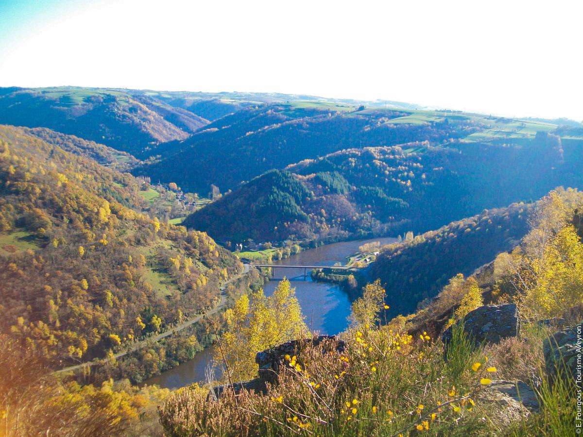 Vallée du Lot à l'automne © E. Fourgous