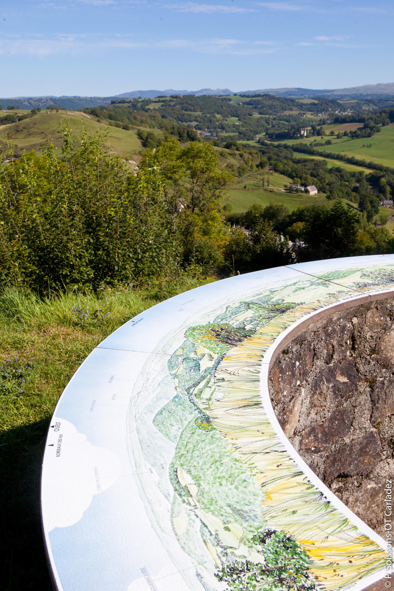 Panorama depuis Mur-de-Barrez, Aveyron