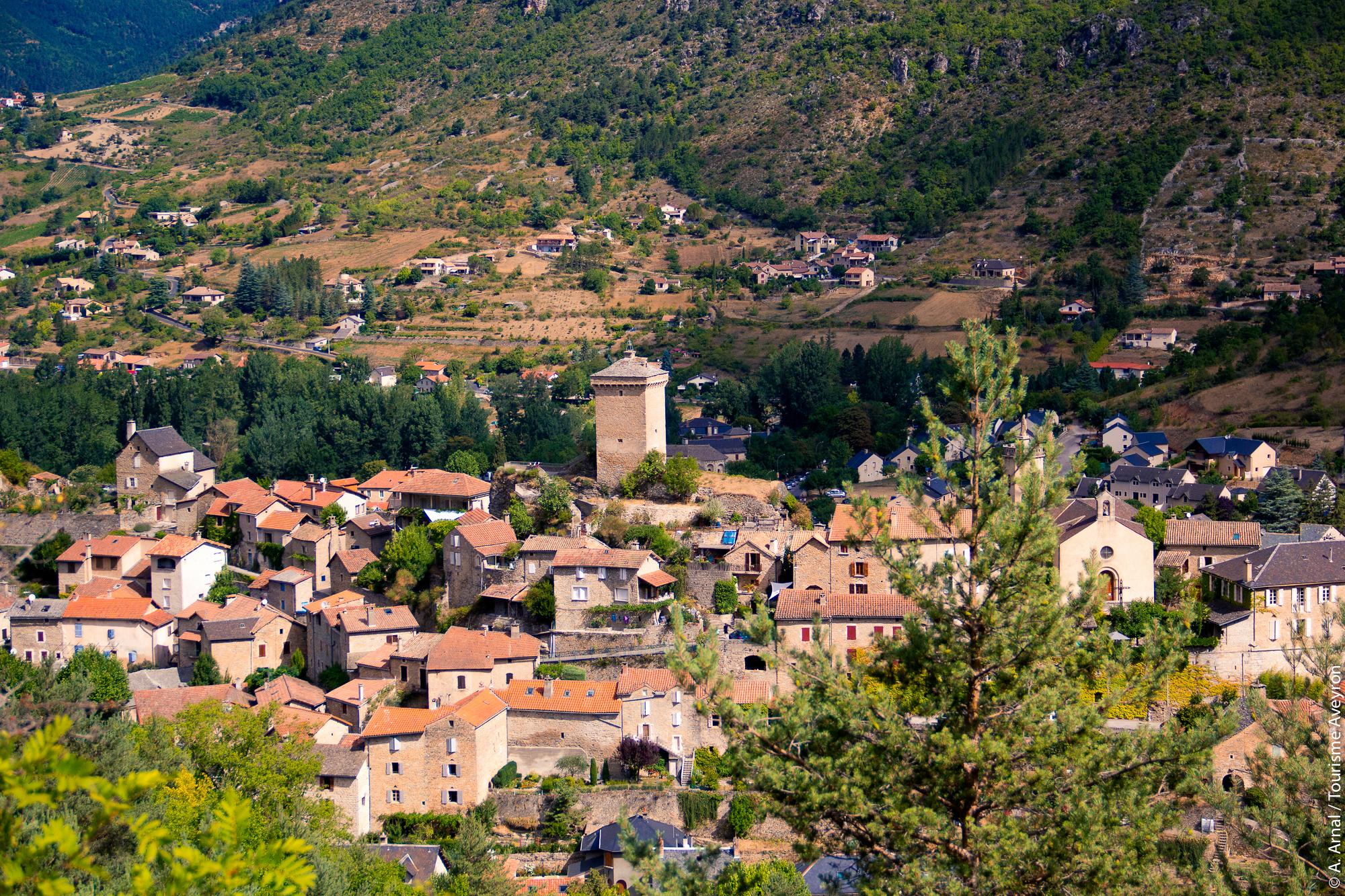 Peyreleau, village du sud Aveyron