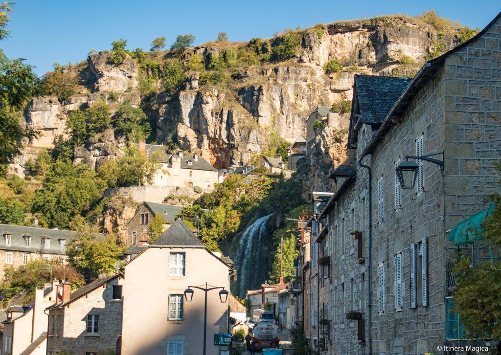 Salles-la-Source, Aveyron © Itinera Magica