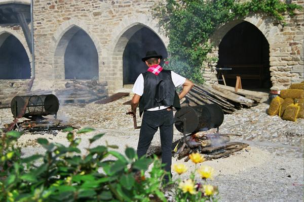 Fete-chataigne-Sauveterre©Toursime-Aveyron