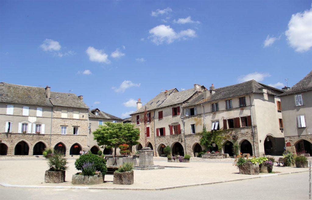 Sauveterre-de-Rouergue © M.Hennessy