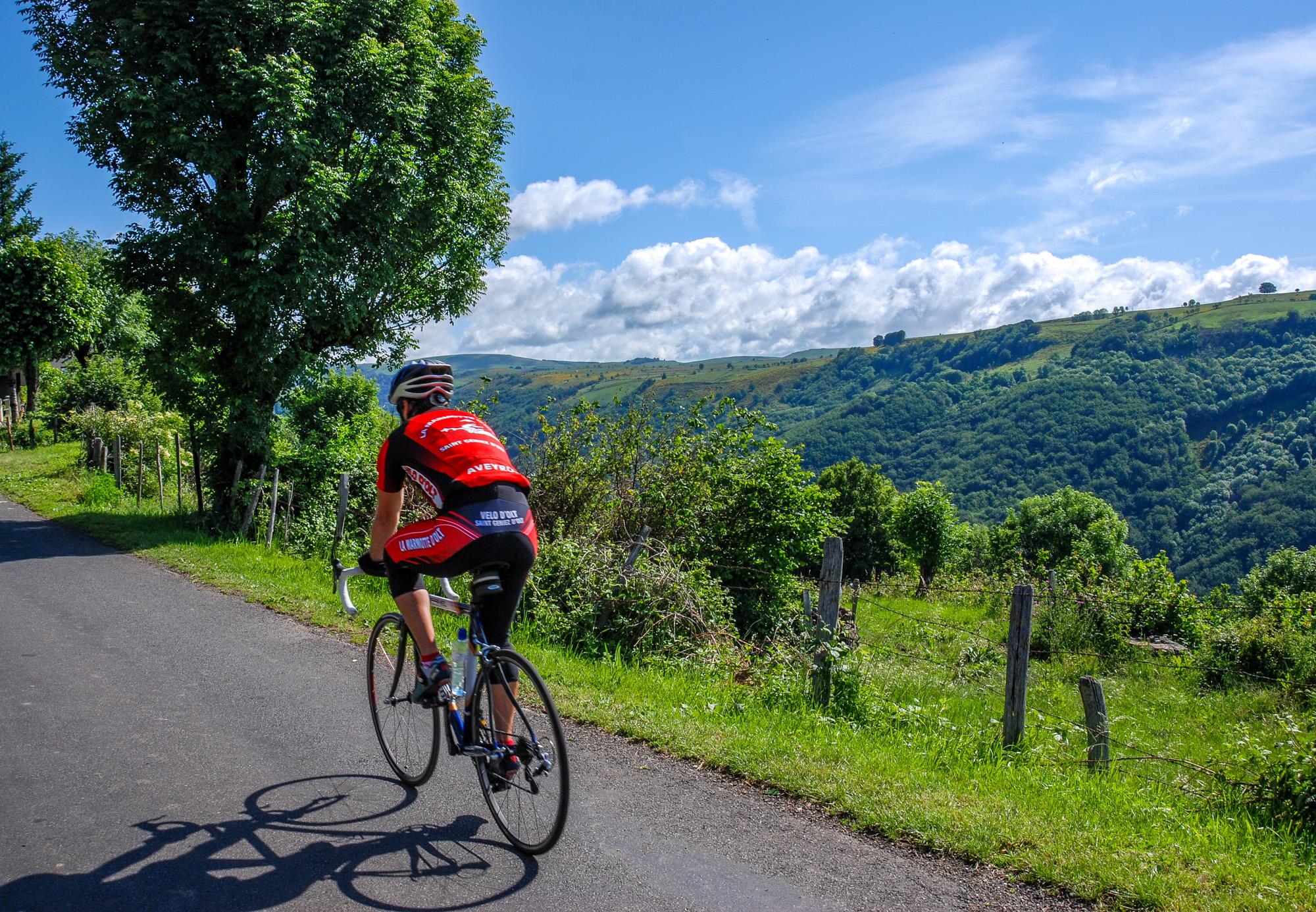 Vélo en Aveyron © Tourisme Aveyron