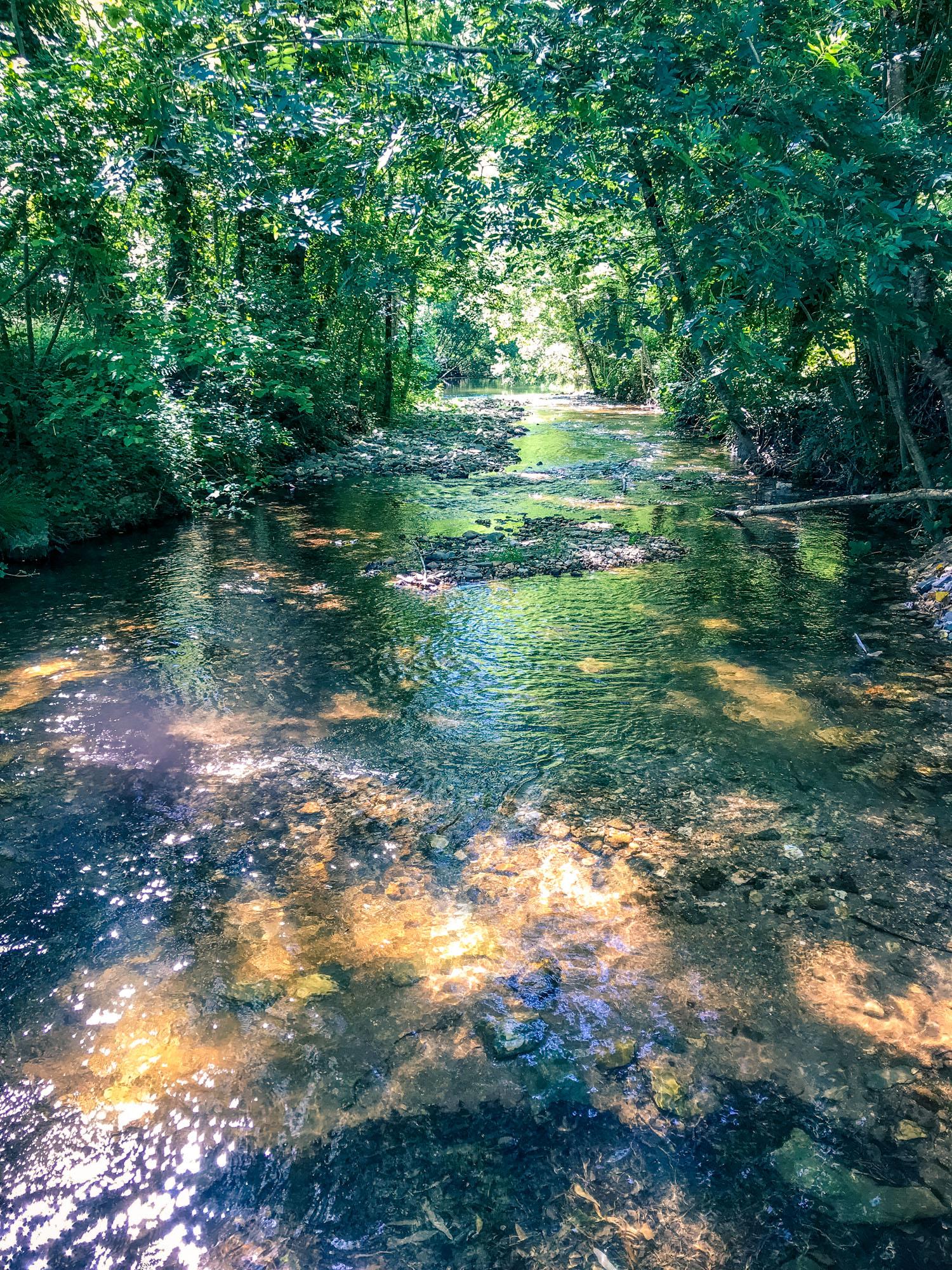 Rivière à Villelongue © M. Hennessy - Tourisme Aveyron